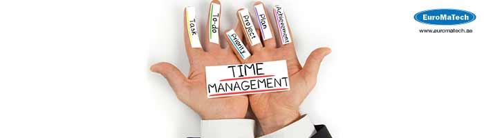 إدارة وتنظيم الوقت والمهام المتعددة وتمالك الضغوط