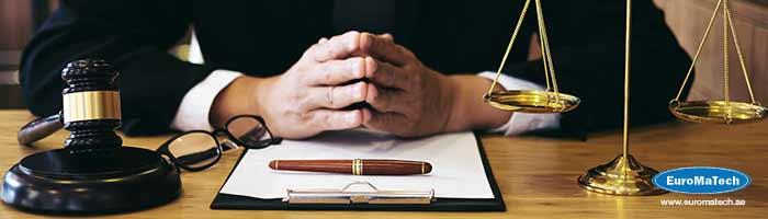 إعداد الدراسات والاستشارات القانونية