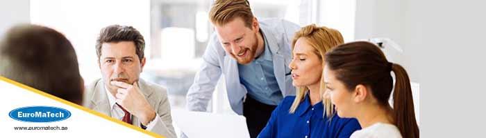 الإبداع والتميز القيادي والتنظيمي لفرق العمل