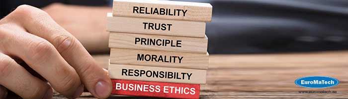 التميز السلوكي و الأخلاقي في العمل