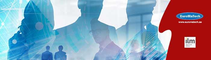 تطبيق الممارسات القيادية والإدارية المتقدمة