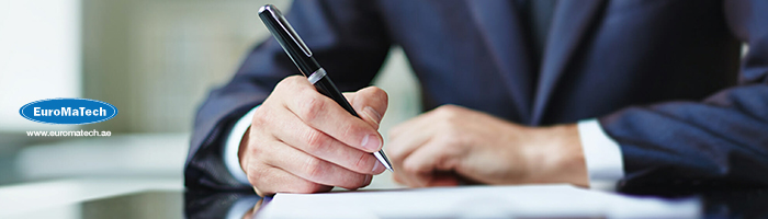 الإعداد الفعال للعقود والمهارات القانونية في إدارتها
