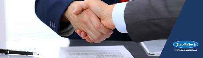 استراتيجيات إعداد وإدارة العقود والممارسات القانونية في المناقصات