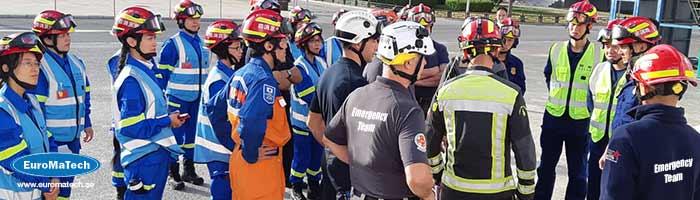 الاستجابة في حالات الطوارئ وإدارة الأزمات: التخطيط والقيادة والتواصل