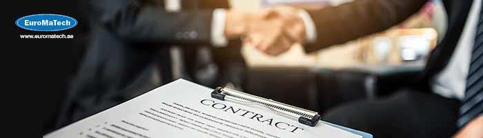 أخصائي إدارة العقود: تخطيط العقود وتقييمها وإعدادها وإدارتها